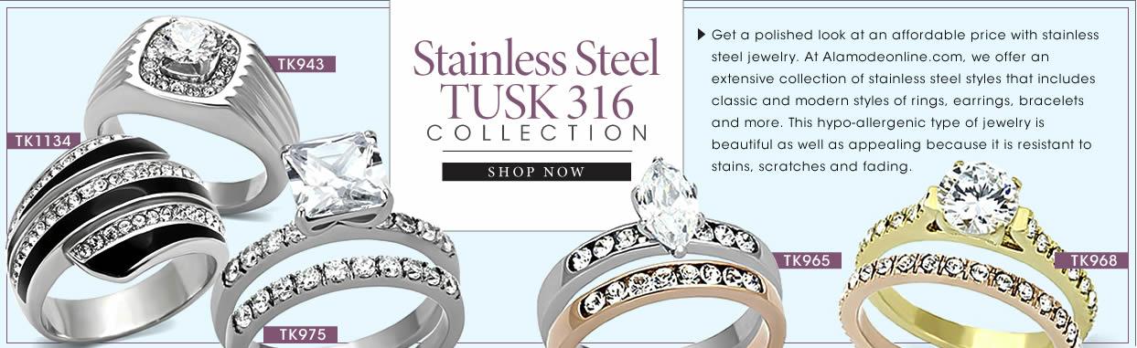 珍藏品;男性精品;不鏽鋼Tusk 316系列;看看這些優雅而有著實惠價格的不鏽鋼飾品。在Alamodeonline.com,我們提供一個廣泛的不鏽鋼款式系列,包括古典與現代風格的戒指,耳環,手鐲等。因為它耐污漬,刮痕及褪色,這種防過敏類型的首飾是既美麗又有吸引力的。